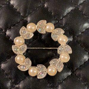 Vintage Faux Pearl Crystal Rhinestone Halo Brooch